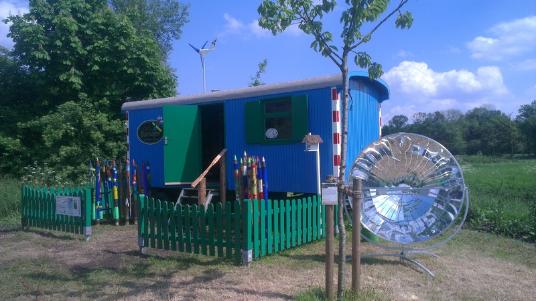 Befis Bauwagen - das Klassenzimmer! Mittendrin in der Streuobstwiese